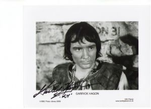 Garrick Hagon from Doctor Who & Star Wars Rare Signed 10 x 8 Photograph